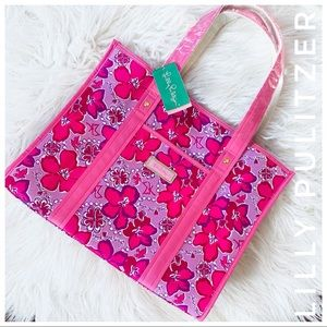 "LILLY PULITZER NWT ""one love"" sigma kappa Tote"